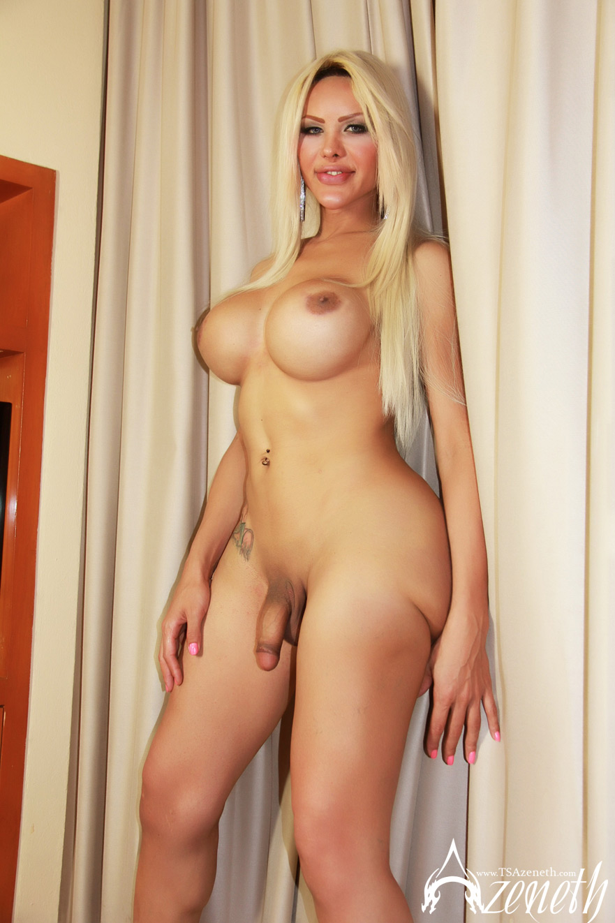 nude big breast video