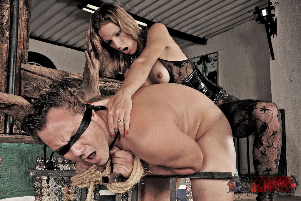 dansk amatør porno shemale dominatrix