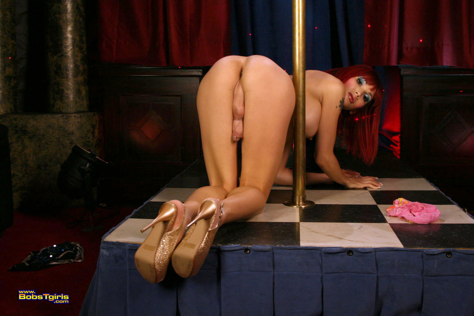 Nude exotic dancing video