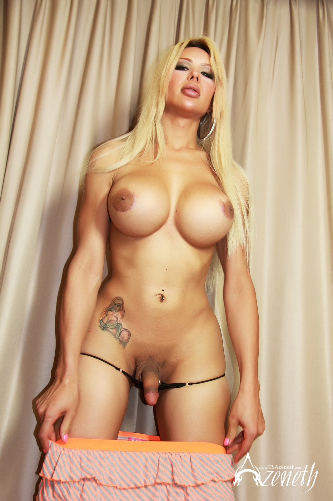 tranny blonde sex jpg 1200x900